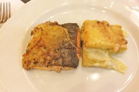 zander-mit-kartoffelhaube.png