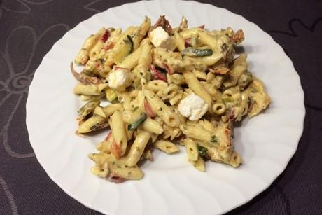 mediterraner-nudel-salat.png