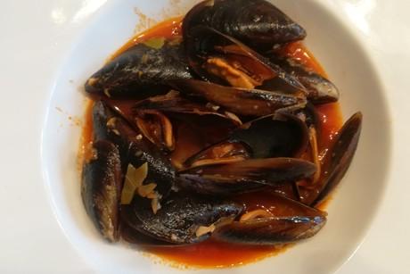 miesmuscheln-in-tomaten-weissweinsauce.png