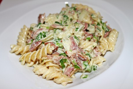 nudeln-in-barlauch-kren-sauce.png
