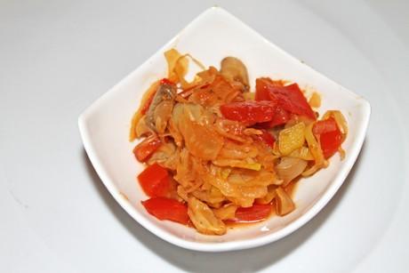 kraut-mit-tomaten-und-champignons.png