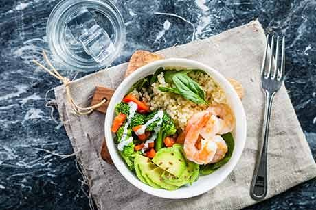 buddha-bowl-mit-shrimps.jpg