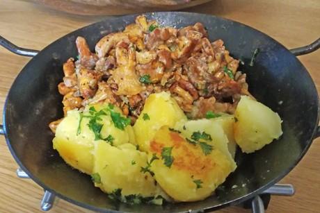 eierschwammerl-pfandl-mit-kartoffeln.png