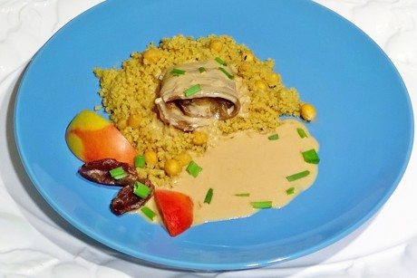 curry-rindsroulade-mit-datteln-apfel-und-marille.png