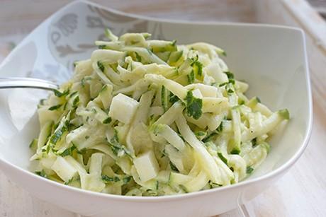 zucchini-apfel-salat.png