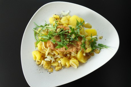 gebackenes-zanderfilet-mit-erdapfelsalat.png