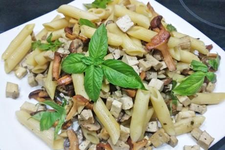 tofu-schwammerl-pasta.png