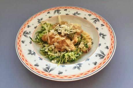 zucchini-spaghetti-mit-brunch-natur-low-carb.jpg