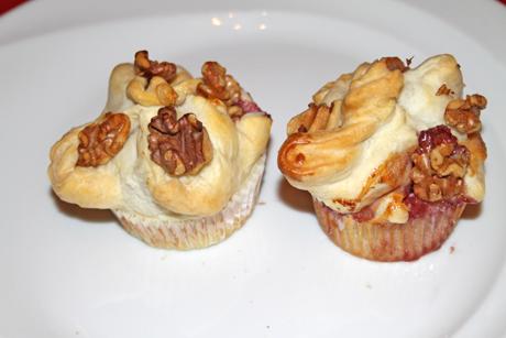 blatterteig-cheesecake-muffins-mit-brombeeren.png