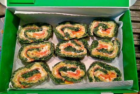 lachs-spinat-rolle-mit-brunch.png