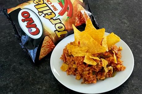 mexikanischer-reis-mit-tortilla-chips.png