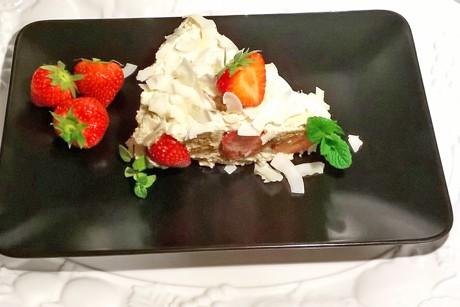 brunch-torte-mit-erdbeeren.png