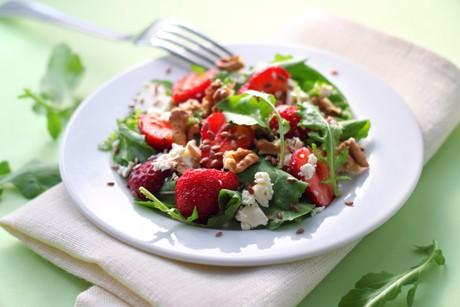 rucolasalat-mit-erdbeeren-und-feta.png