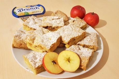 apfelkuchen-mit-brunch-buttrig-frisch.png