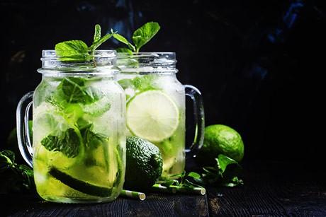 limette-minze-detox-drink.jpg