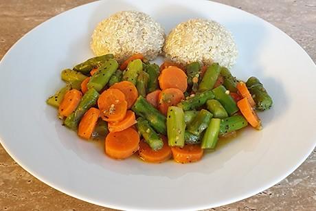 spargel-karotten-mit-quinoa.png
