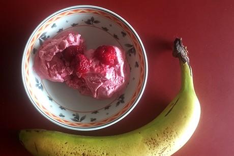 himbeer-bananen-eis.png