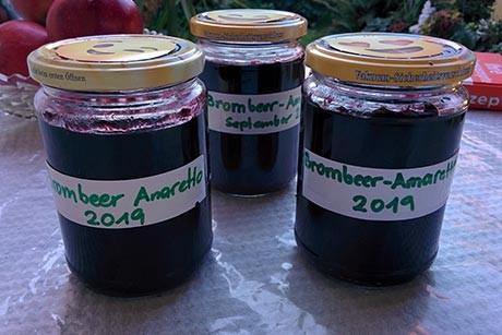 marmelade-brombeer-amaretto.jpg