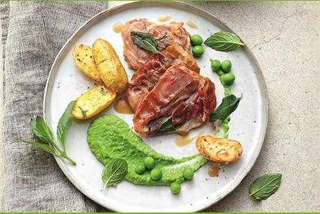 saltimbocca-alla-romana-mit-rosmarinkartoffeln-und-erbsen-minz-pueree.jpg