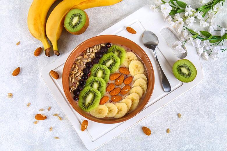 smoothie-bowl-mit-bananen.jpg