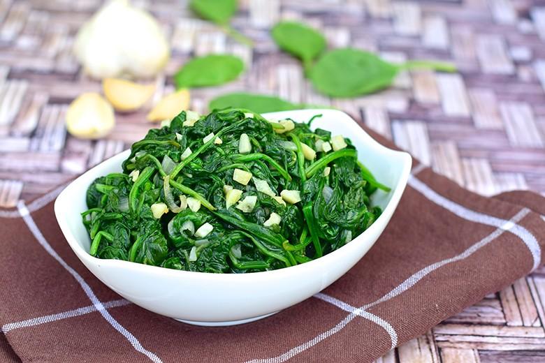 spinat-salat.jpg