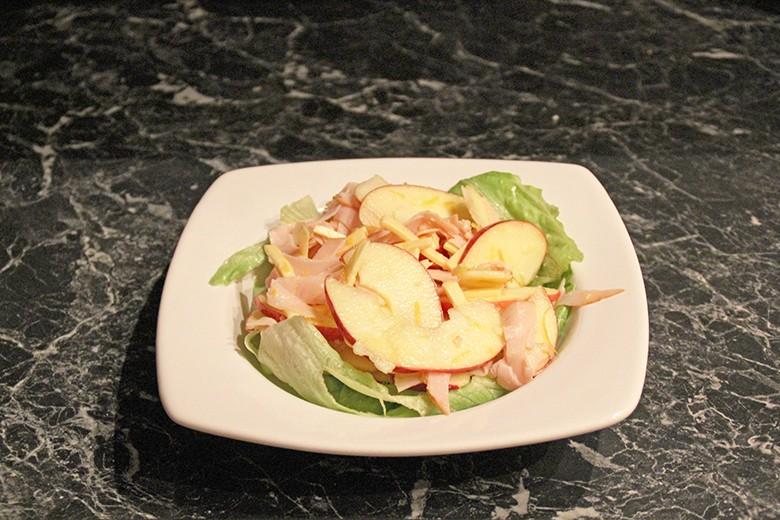 schinken-kase-apfel-salat.jpg