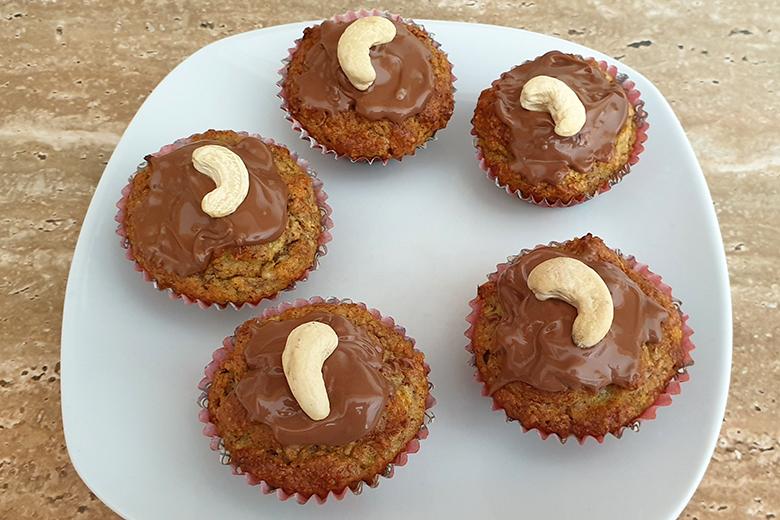 zucchini-mandel-muffins-ohne-zucker.jpg
