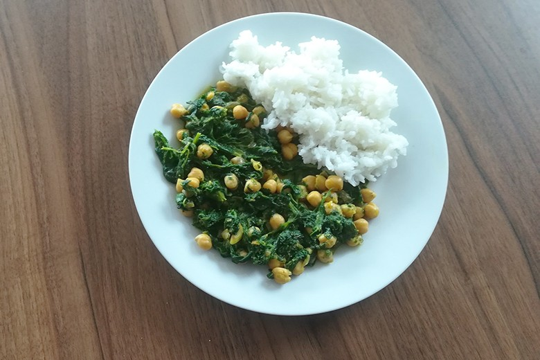 Kichererbsen-Spinat Curry