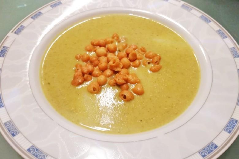 Kren-Radieschengrün-Suppe