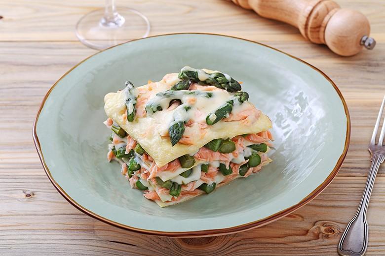 Leichte Lachs-Lasagne