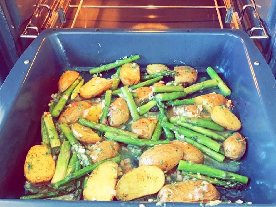 Kartoffel-Spargelpfanne mit Vinaigrette
