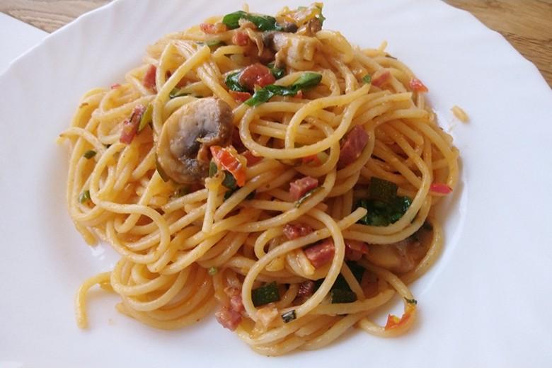 Mediterrane Spaghetti