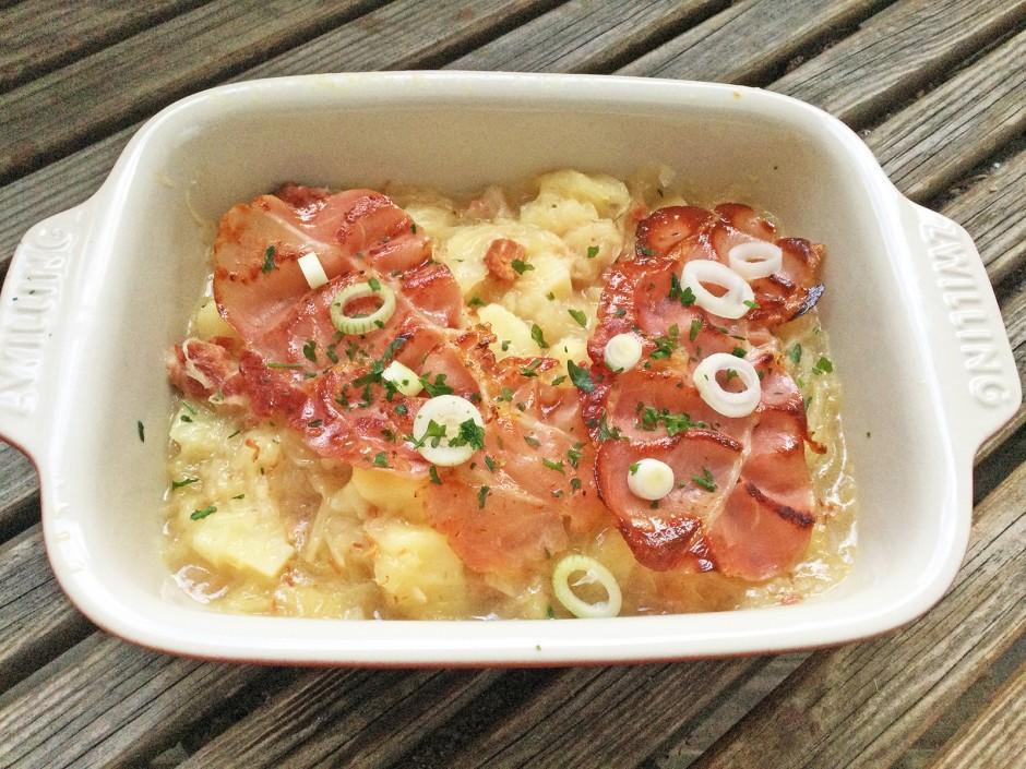 Sauerkraut-Eintopf mit Selchfleisch